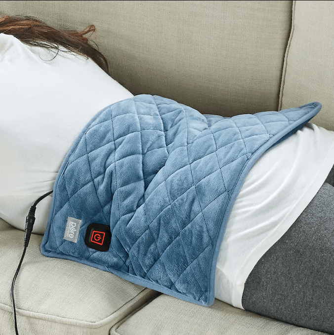 Weighted heating pad for people with fibromyalgia